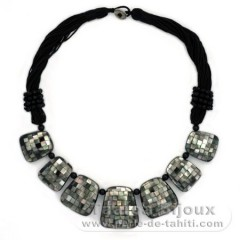 Tahitian Mother-of-pearl necklace - Length = 53 cm