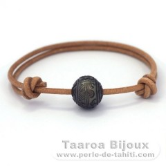 Leather Bracelet and 1 Engraved Tahitian Pearl 12.2 mm