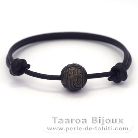 Leather Bracelet and 1 Engraved Tahitian Pearl 12 mm