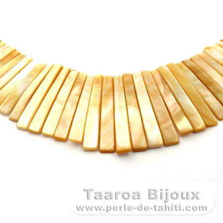 Australian Mother-of-pearl necklace - Length = 43 cm
