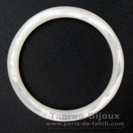 Mother-of-pearl round shape - 40 mm diameter
