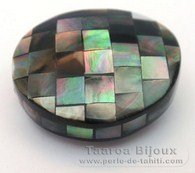 Mother-of-pearl nugget shape - 29 x 26 x 16 mm